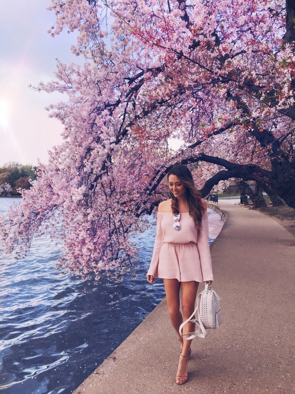 Pin By Alana Upton On Jessica Ricks Cherry Blossom Outfit Fashion Blogger Photography Photoshoot Outfits
