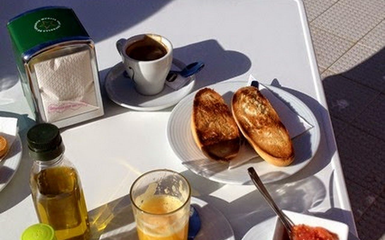 This a typical Spanish breakfast. I love tomatoes on bread