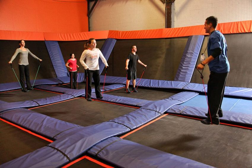 Classes We Love: SkyRobics Trampoline Fitness-#Classes #Fitness #love #SkyRobics #Trampoline- Classe...