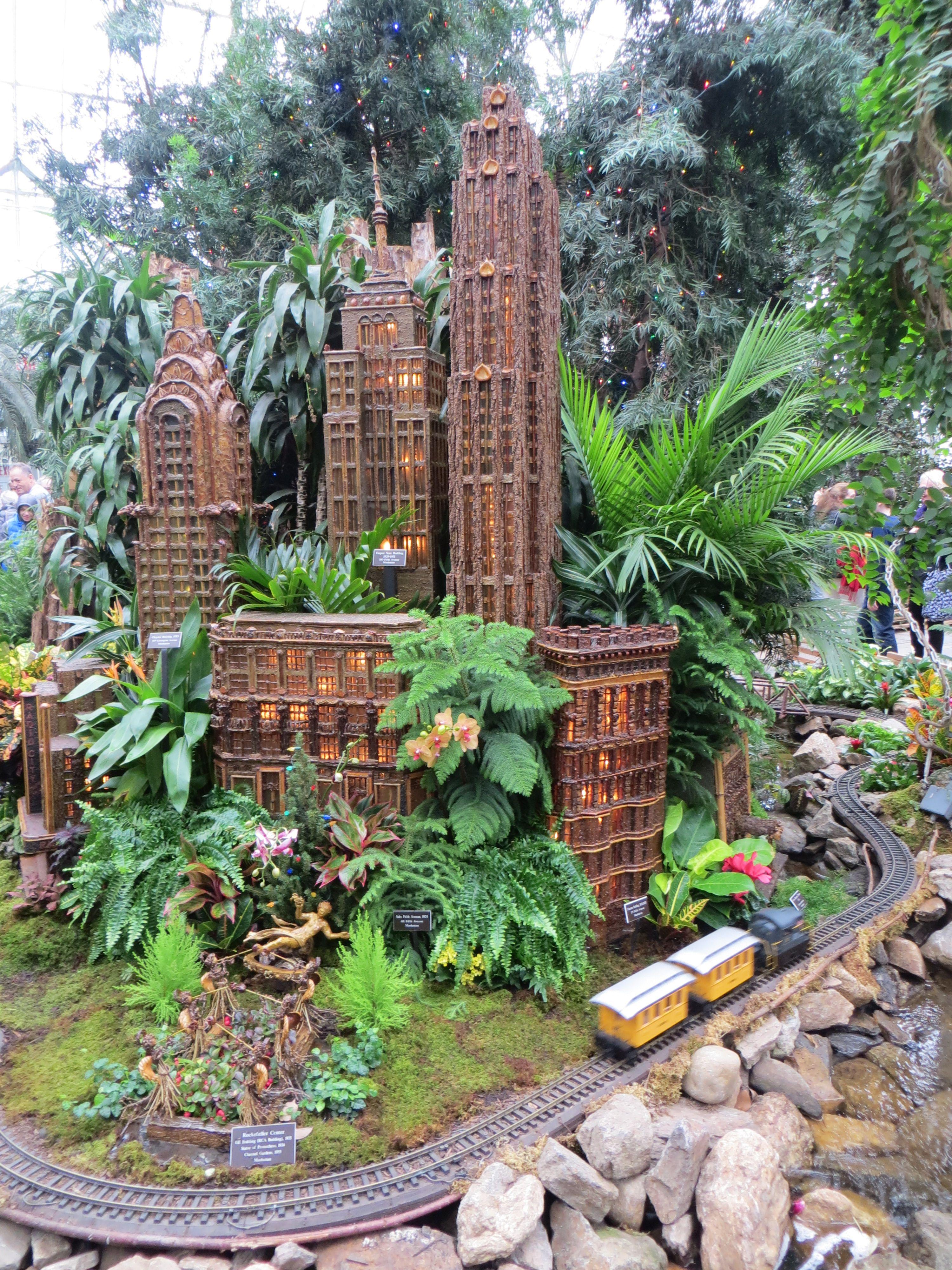 39dac4cfc122854519732106a4e50b39 - Holiday Train Show Ny Botanical Gardens
