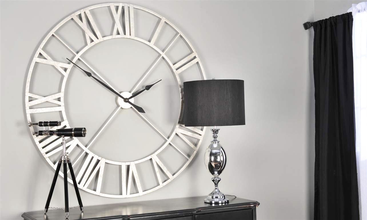 Wall contemporary clock forecast dress for winter in 2019