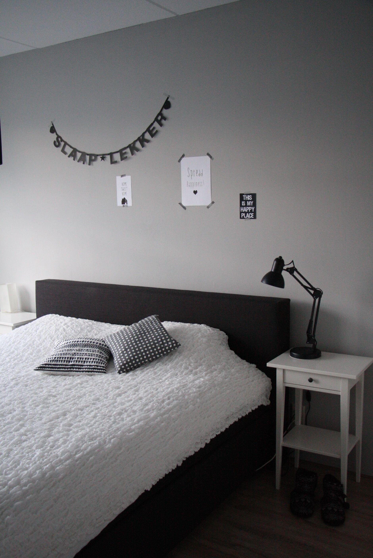 slaapkamer, grijs, wit, zwart, letterbanner | bedroom | Pinterest ...
