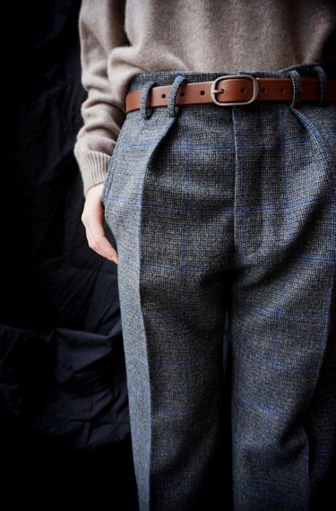"[ AURALEE ] BABY CASHMERE KNIT TURTLE NECK [ JUN MIKAMI ] FOX TWEED PANTS Kika NY ( U.S.A. ) 1"" OVAL BUCKLE BELT www.lancah.com"