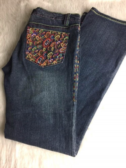 29.95$  Watch now - http://vilui.justgood.pw/vig/item.php?t=hxvq6k23464 - COOGI Women's... Embroidered Circles, Jeans Size 9/10... 29.95$