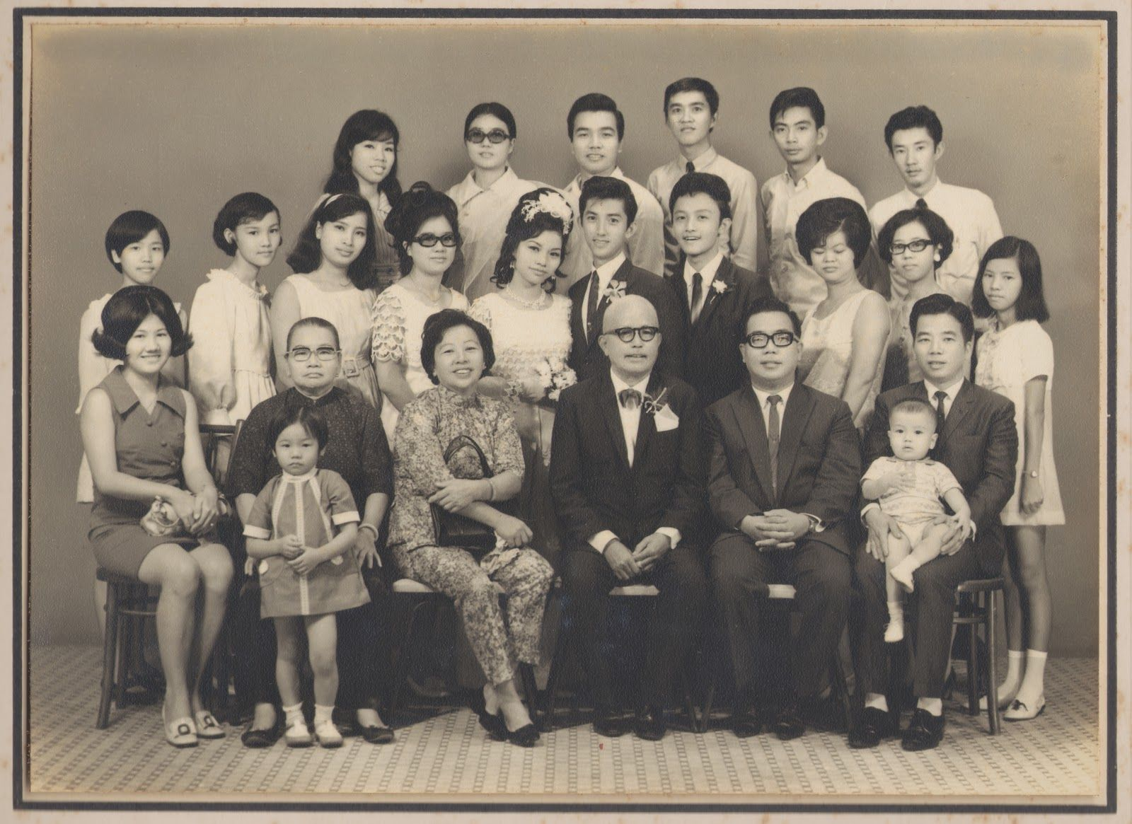 Lullabies To Terrorize: Vintage family photos prt. 2