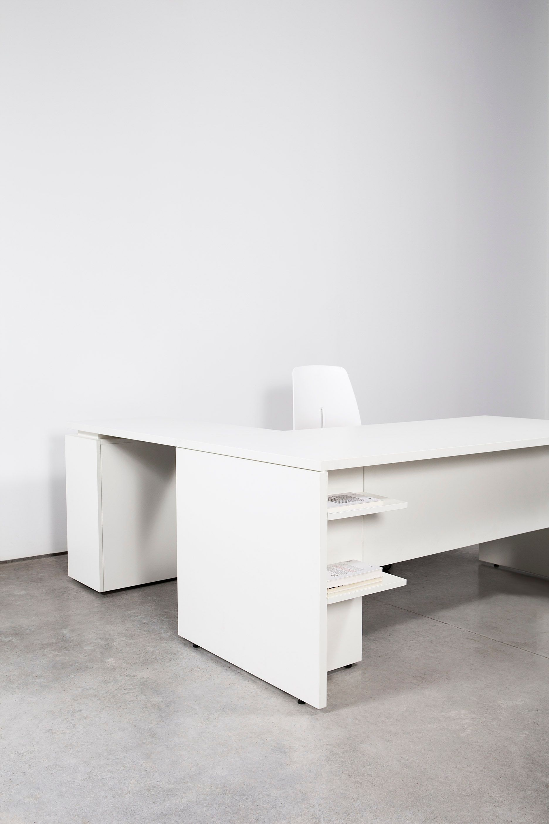 Bat Office Table System Designed By Francesc Rifé Available In Melamine And Wood