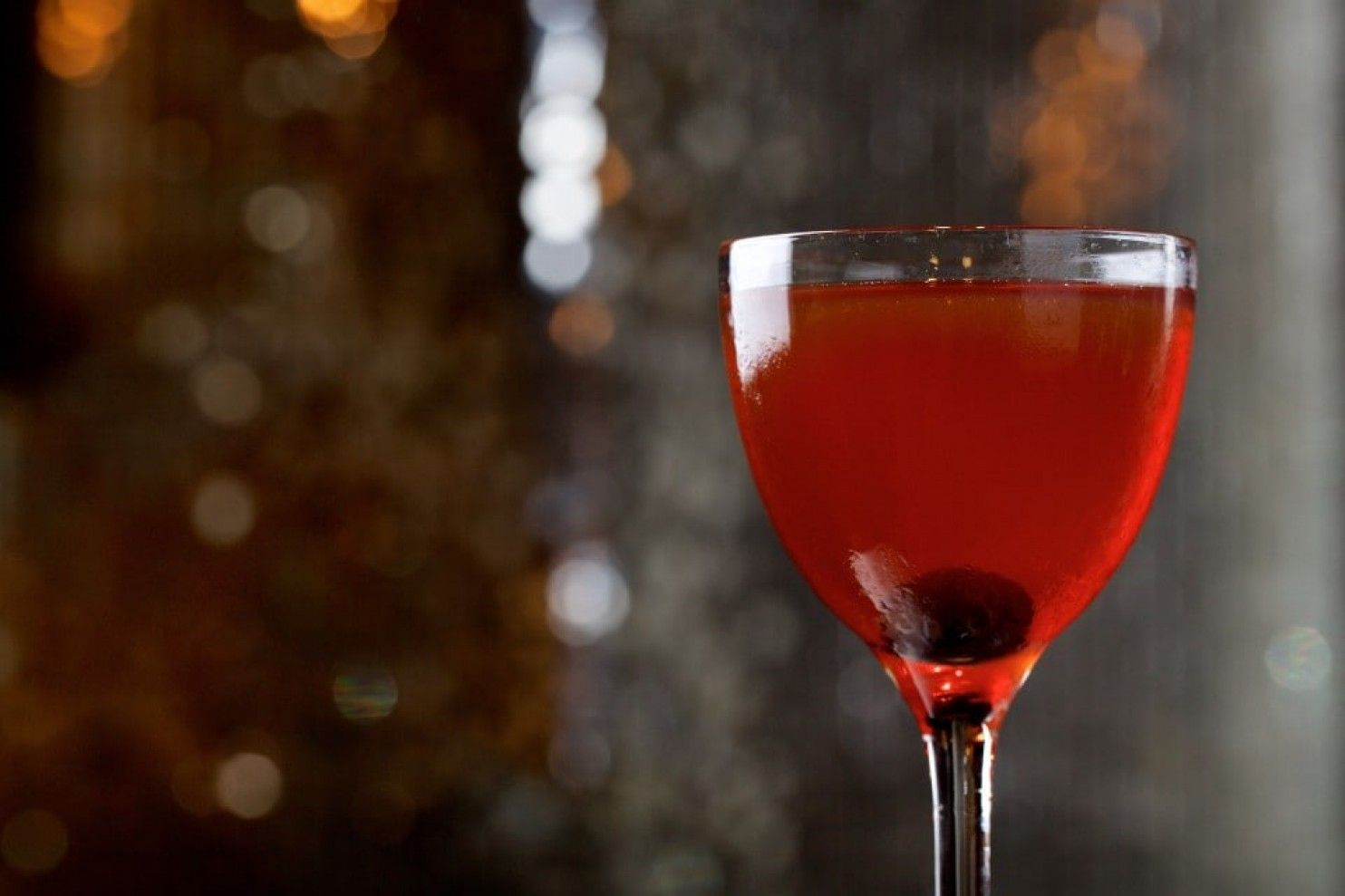 The 7 Essential Cocktails Every Drinker Should Know How To Make Cocktails Hard Drinks Alcoholic Drinks