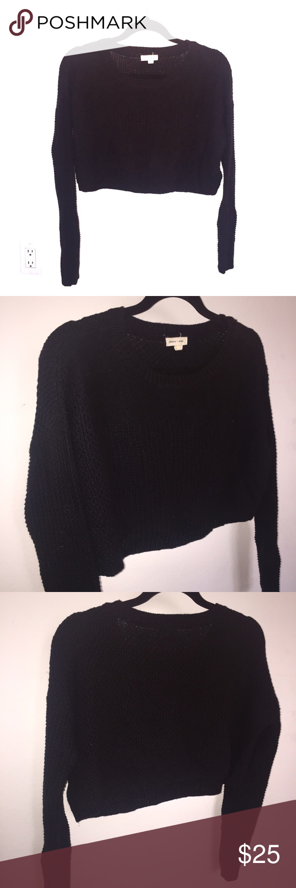 Knitted long sleeve black crop top. Size XS Knitted long sleeve black crop top. Size XS Tops