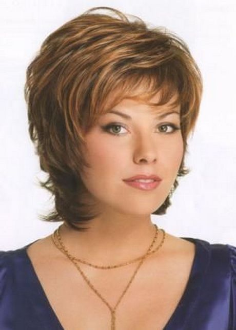 Short shaggy hairstyles for women over 50 Coupe de