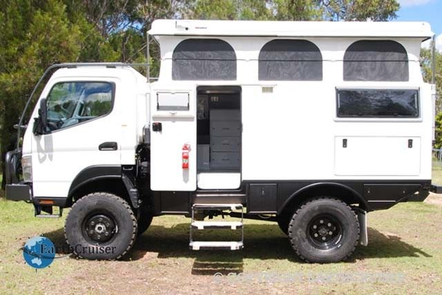 short wheel base earthcruiser h3pp camper truck canter. Black Bedroom Furniture Sets. Home Design Ideas