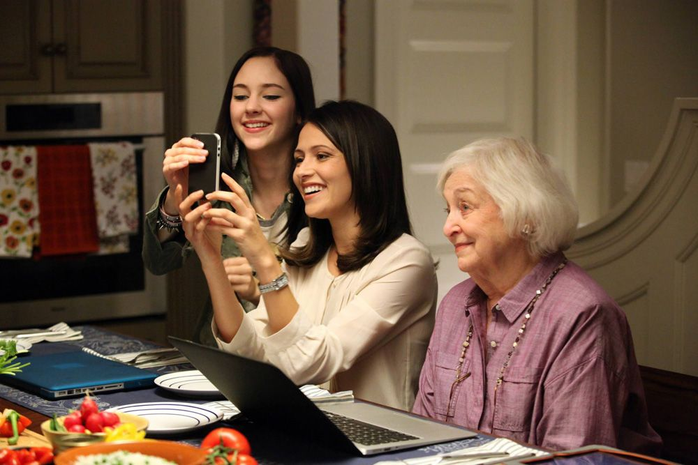 chasing life music guide series premiere chasing life series rh pinterest com ABC Guide Harness abc family guide tonight