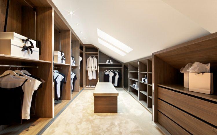 Offener Kleiderschrank Den Raum Damit Funktional Und Dekorativ