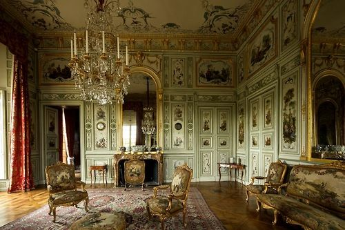 Shabby castle chic rich and gorgeous home decor grand for Interieur french