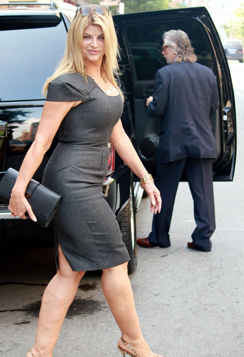 Kirstie alley pantyhose