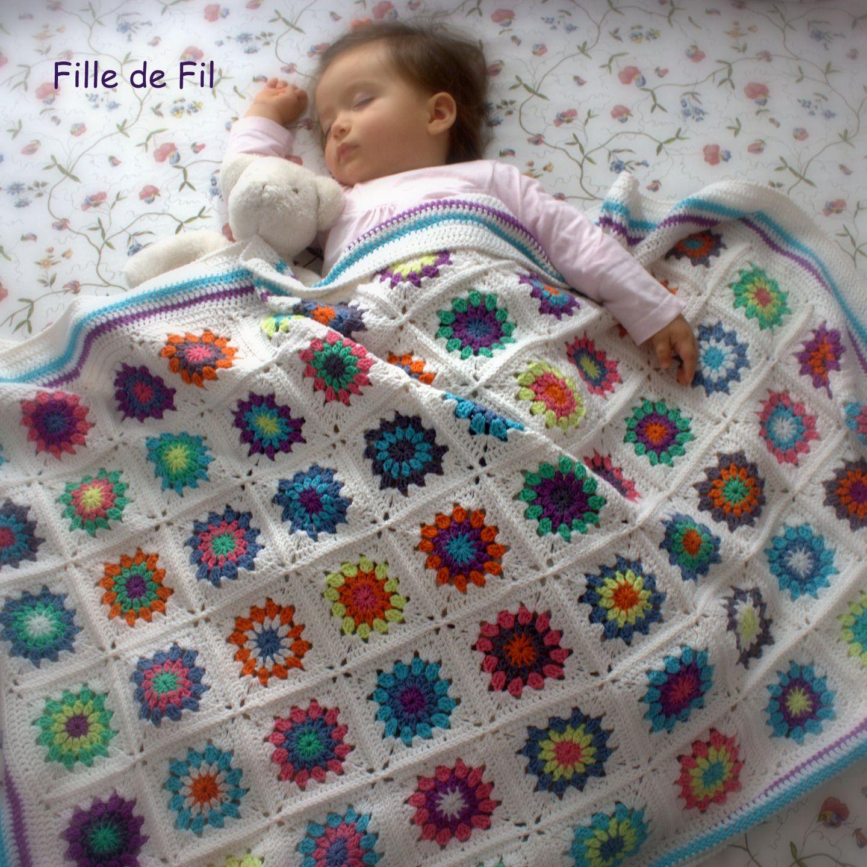 couverture plaid b b au crochet granny square multicolore en laine d 39 agneau pu riculture. Black Bedroom Furniture Sets. Home Design Ideas