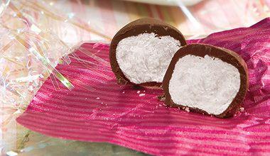 Bala De Coco Coberta Com Chocolate Receita Balinha De Coco