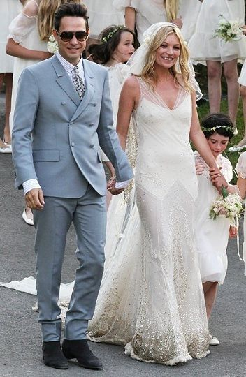 Kate Moss, wedding dress by John Galliano | Celeb Weddings ...