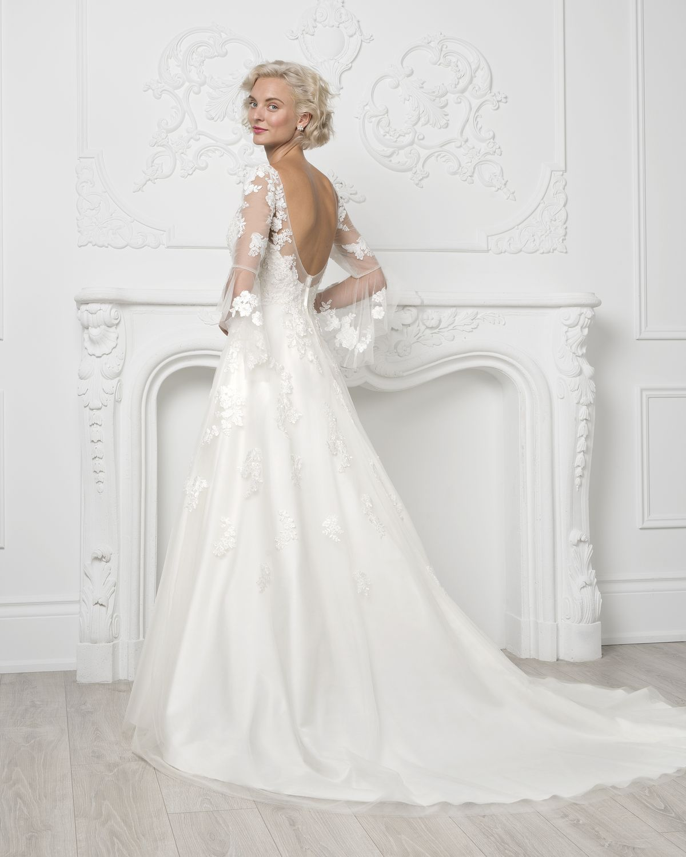 ALine wedding dress from Jacqueline's Bridal in Lexington