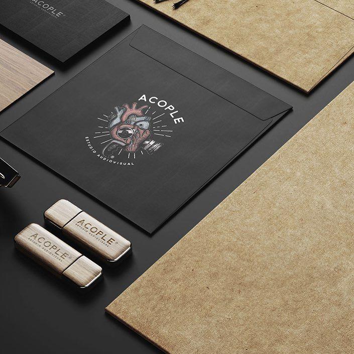 Identidad corporativa  Ilustración . Acople | Estudio Audiovisual. Trabajo completo en http://ift.tt/21TT2K4 #graphicdesign #mondieu #diseñografico #ilustracion #illustration #brandingdesign #logo #identity #identidadcorporativa #businesscards #tarjetaspersonales