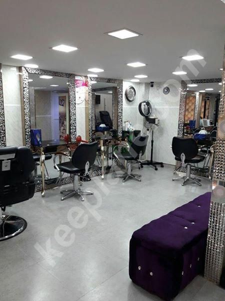 Beauty Salon For Sale In Jumairah Lakes Towers Cluster C With License