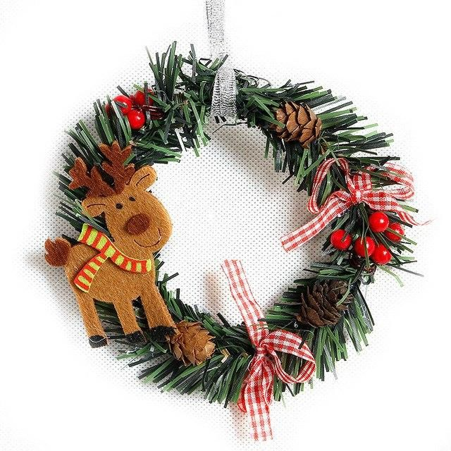 Small Christmas Wreath Cartoon With Pines Merry Christmas Wreaths