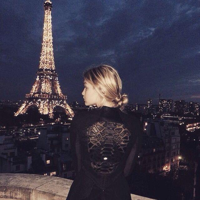 Vacation Paris At NightEiffel