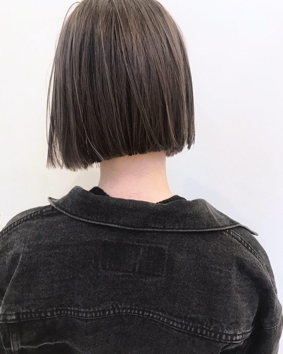 室 奈央子さんはinstagramを利用しています ミニボブ パッっと サラッと 巻かないオイルスタイリングもいいです Shima Bob Hair ボブ ロブ 切りっぱなしボブ パーマ ウェーブ ヘアー ヘアスタイル カラー ス ヘアスタイル ヘア