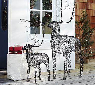 Outdoor Woven Metal Reindeer #potterybarn Christmas Pinterest