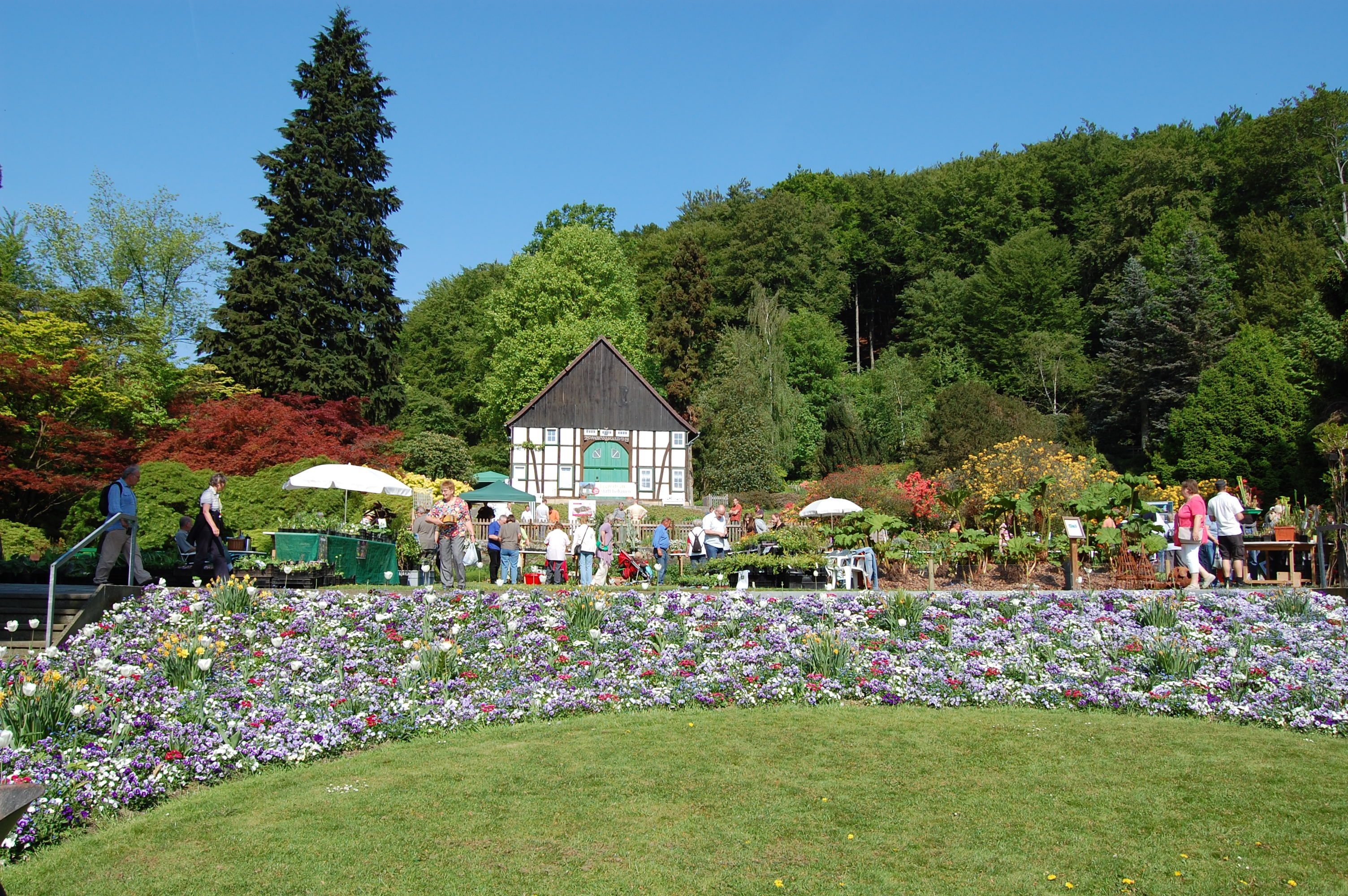 Botanischer Garten Bielefeld Jedes Jahr Am Samstag Vor Muttertag Dieses Jahr Am 12 Mai 2012 Findet Dort Eine K Bielefeld Botanischer Garten Veranstaltung