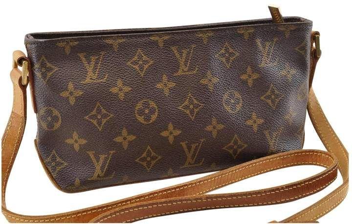 Louis Vuitton Vintage Trotteur Brown Cloth Handbag Louis Vuitton Louis Vuitton Handbags Vuitton
