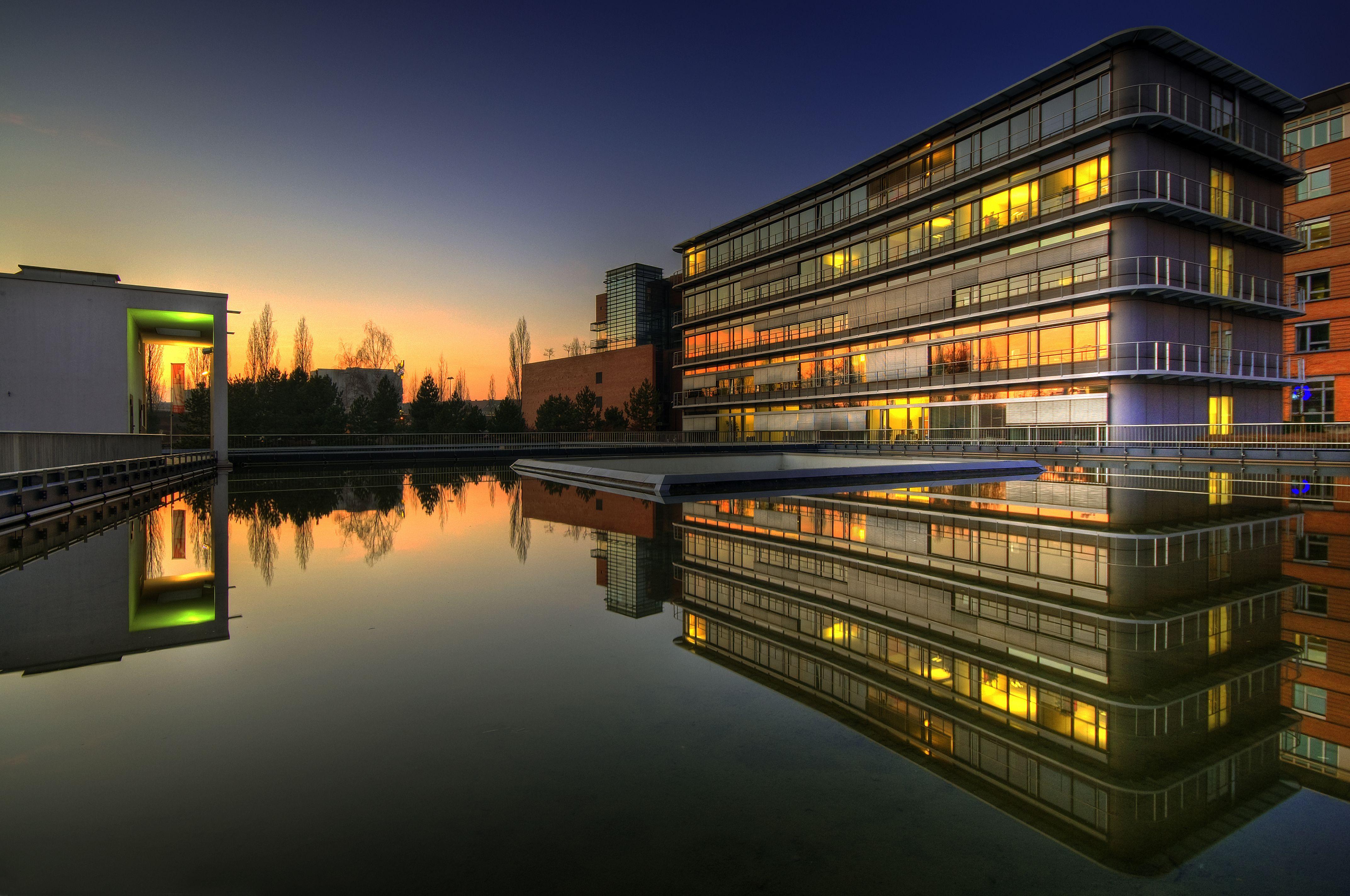 building-saarland-germany-291558-o.jpg 4,288×2,848 pixeles