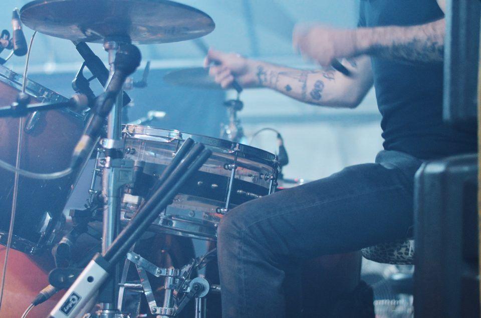 Danilo Calvio, Bock and the Sailors - Sbiellata Sanzenese 2016, Olgiate Molgora (LC). Foto di Chiara Arrigoni del gruppo punk rock #bockandthesailors #bock #upthesailors #lecco #rock #music #sbiellata #andrearock #drumset #finley