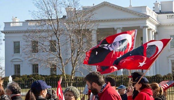 El ex jefe de la Agencia Central de Inteligencia (CIA), Porter Goss, quien se desempeñó entre 2004 a 2006 durante el gobierno de George W. Bush, anunció que realizará lobby a favor de Turquía en Washington.