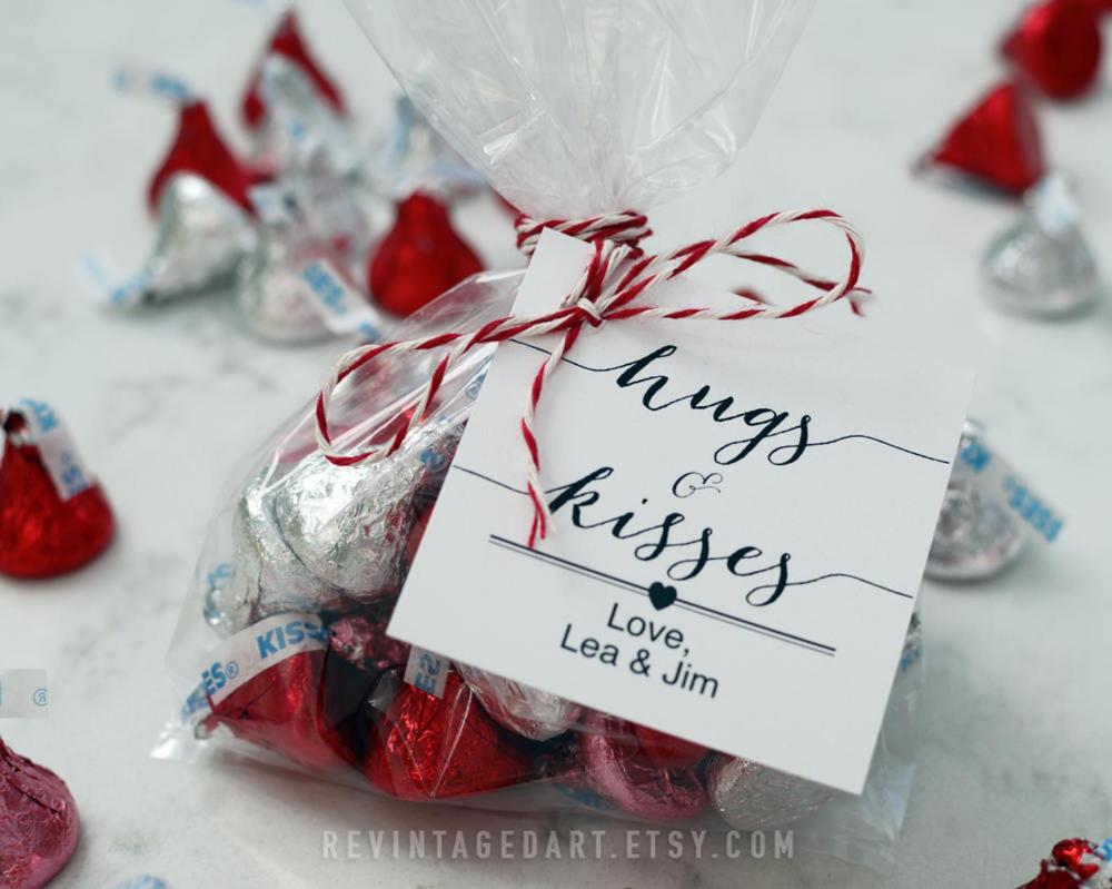 Hershey/'s Christmas Coffee Cup//Mug w//Snowman,Hugs /& Kisses Happy Holidays
