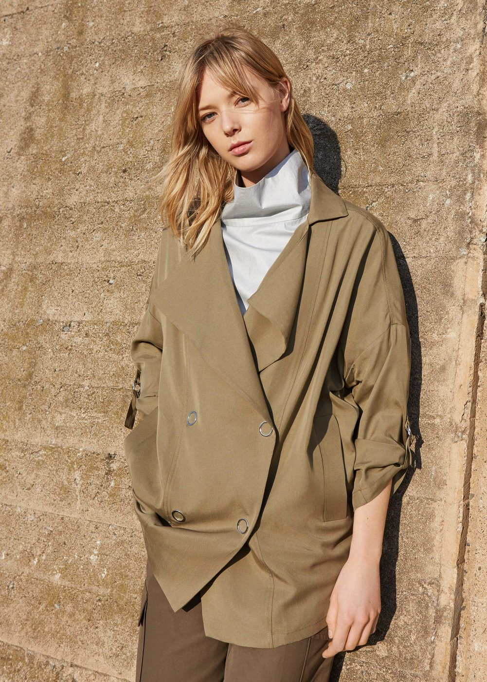 3008bbb92b4 Trench fluido - Mujer
