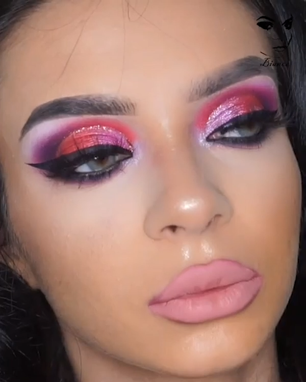 Red Pink & Purple Glam Makeup Tutorial –  @bianca_chelmu_makeup with this glamor…