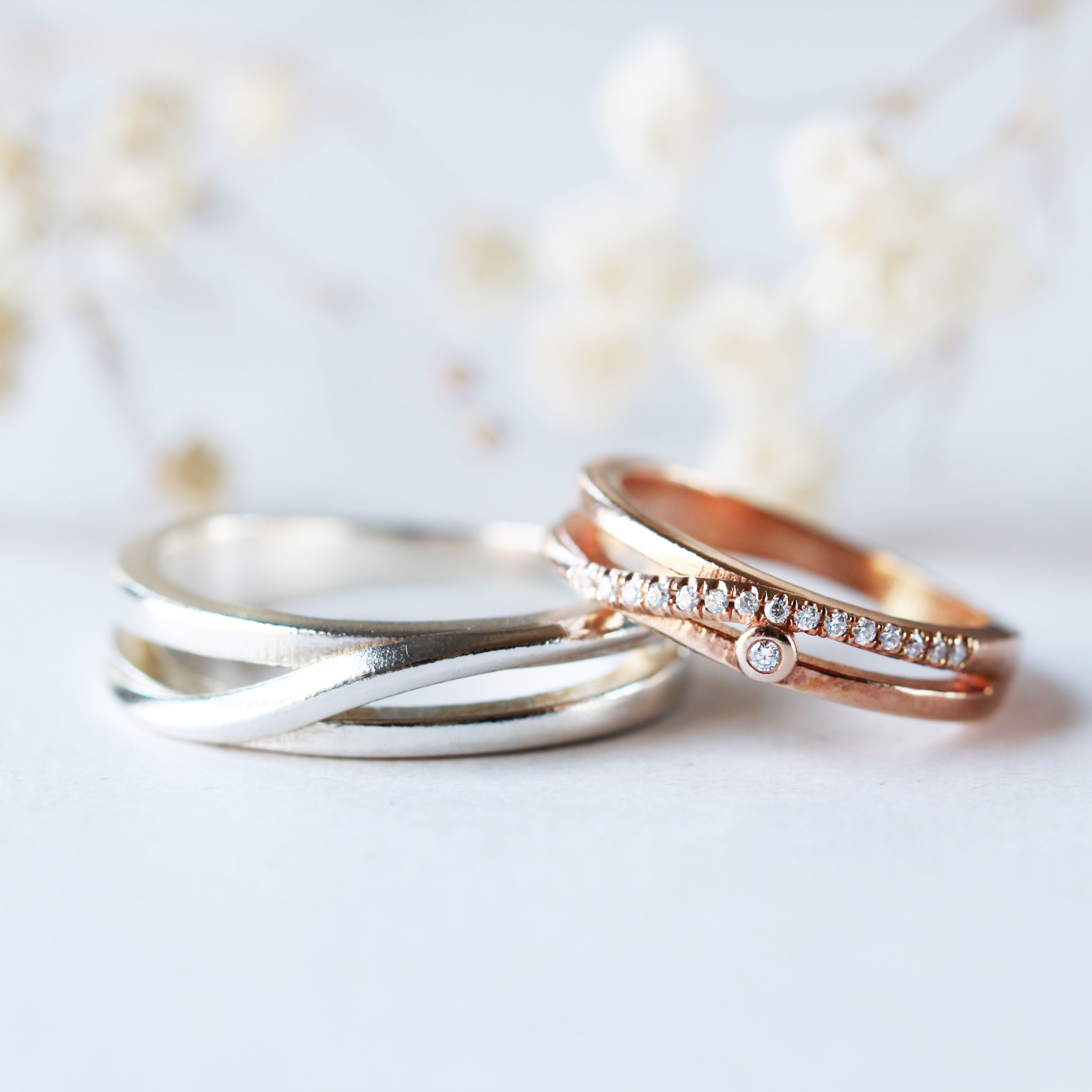 It is just a graphic of His and Hers Couple Rings His and Hers wedding Rings Rose gold
