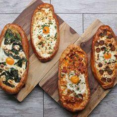 Breakfast Pizza Boats