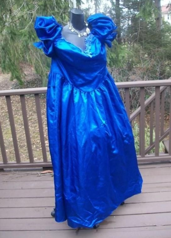 Pin by Rachel Thompson on 80s fashion | 80s prom, Plus size prom ...