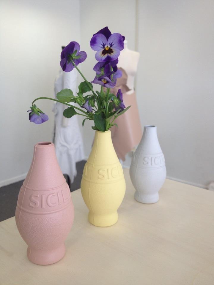 seen at Route du Nord, Rotterdam. Lemonjuice vases.