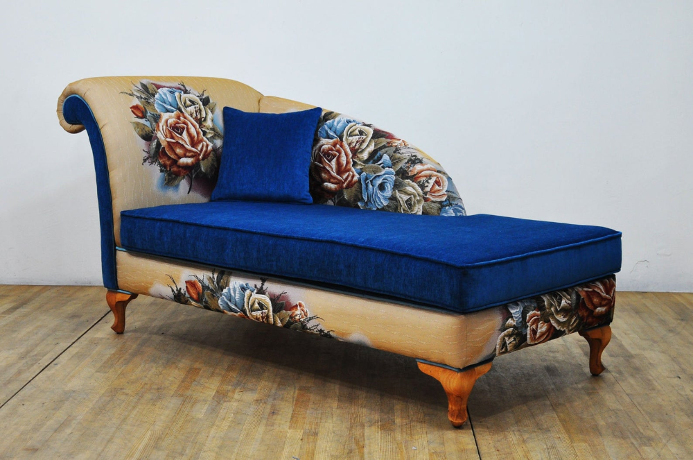 Rose Gobelin Chaise Lounge Etsy In 2020 Chaise Lounge Chaise Upholstered Sofa