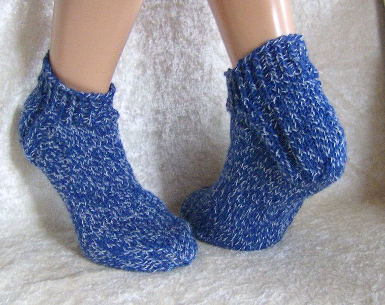 """Handgestrickte Socken/Sneaker 41/42 unisex von """"Verrückte Maschen"""" Strick- und Häkel-Design auf DaWanda.com"""