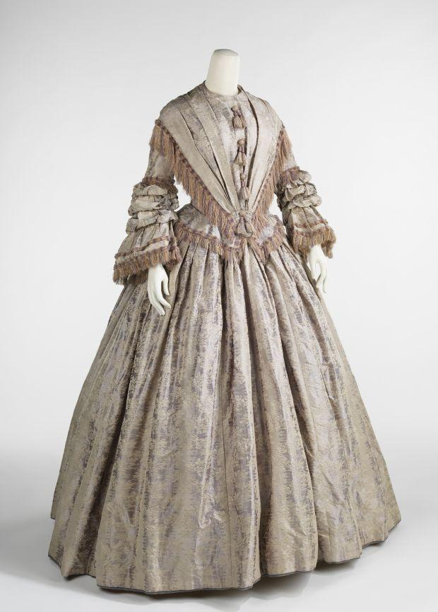 1848 British Silk Afternoon Dress.(Image via Met Museum)