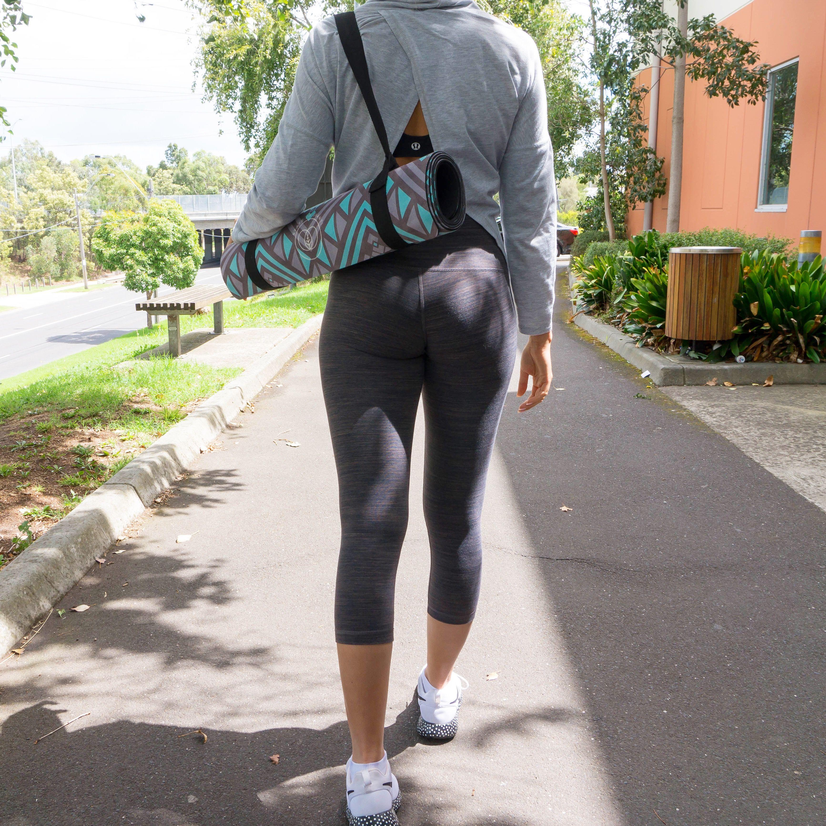 Stylish yoga mat & carry strap