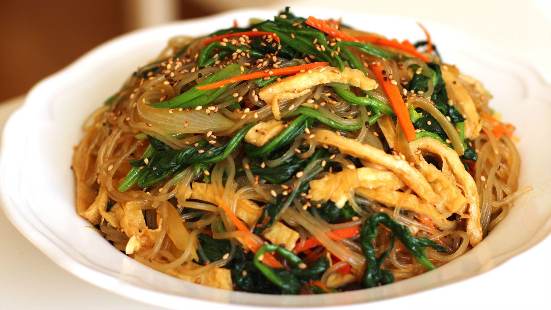 Cach Lam Miến Trộn Han Quốc Mon ăn Cực Hấp Dẫn Va Phổ Biến Tại Han Quốc đay La Mon ăn Kết Hợp Giữa Miến Thịt Va Cac Mon Ngon Chau