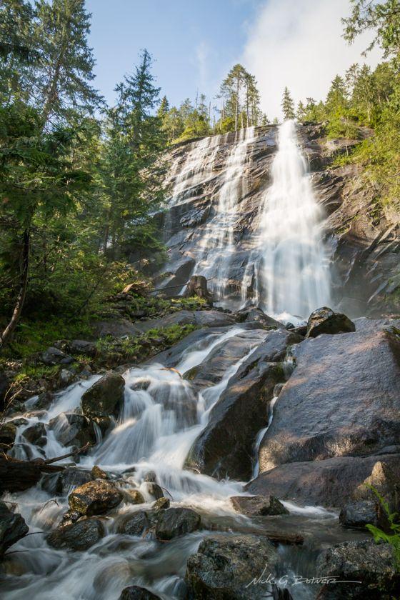 See Bridal Veil Falls While Hiking To Lake Serene Wa Bridal Veil Falls Lake Wallace Falls