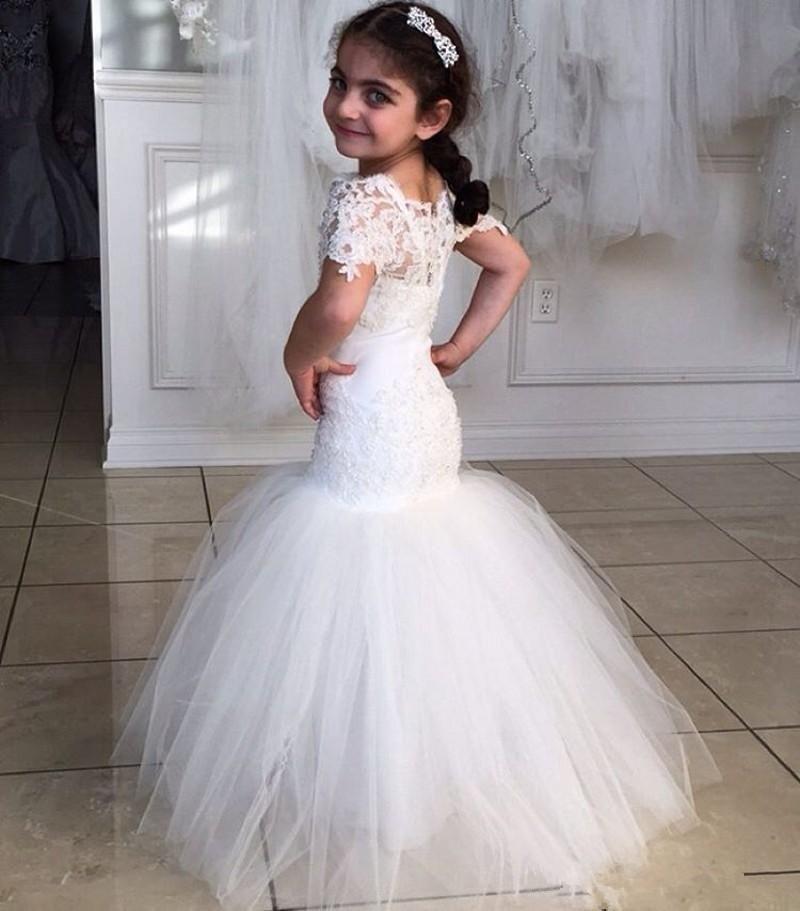 2016 New Arrival Mermaid Flower Girl Dresses Cap Sleeves Floor Length Lace  Wedding Girl Dress Short Sleeves Kids Pageant Dresses Flower Girl Ivory  Shoes ... d7ca5a5852d6