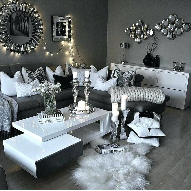 Living Room Decor In Silver Grey Silver Living Room Ideas In 2020 Living Room Decor Gray Black And White Living Room Decor White Living Room Decor