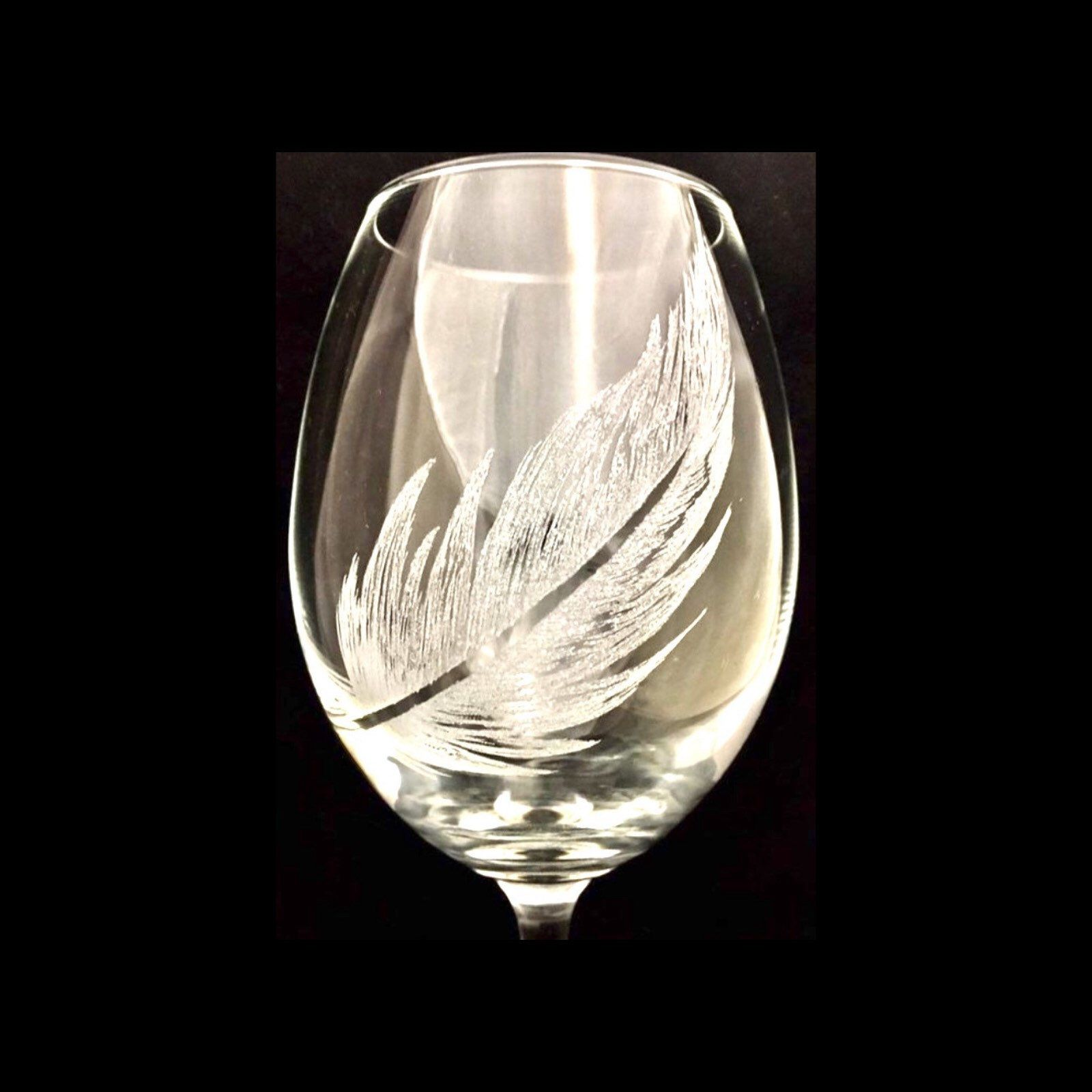 Single feather / Engraved wine glass / Bereavement gift