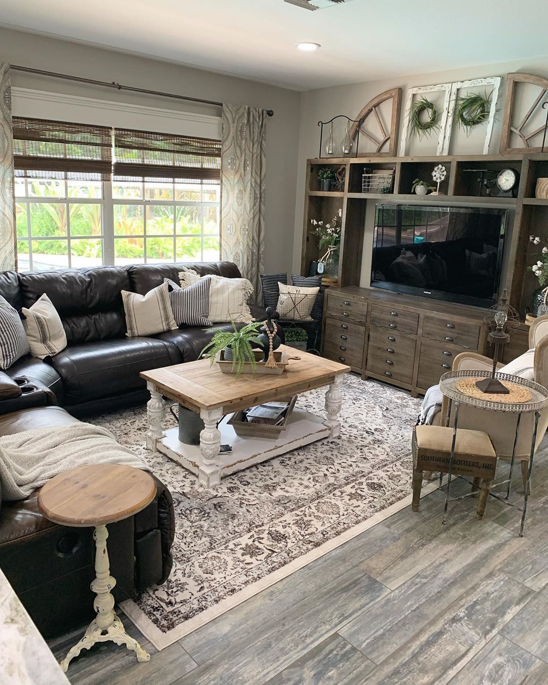 Farmhouse area rug Modern farmhouse living room